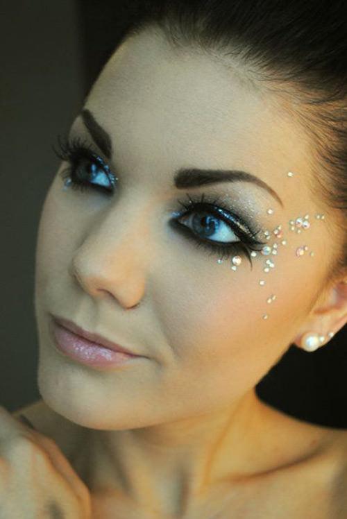 Maquiagem de natal com ponto de luz são super fofas