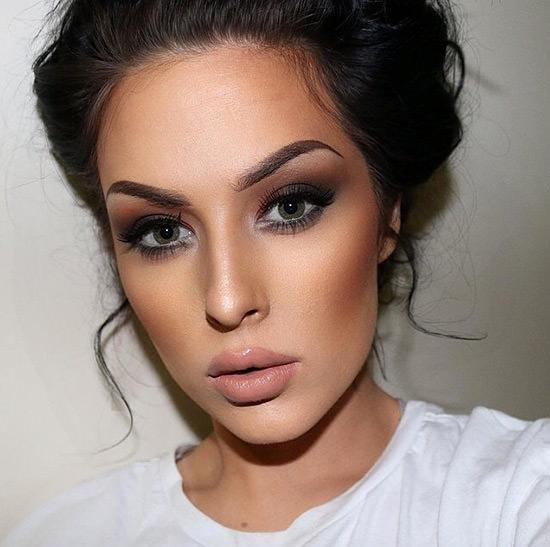 Olha como fica lindo quando o blush fica bem neutro com a maquiagem! Show